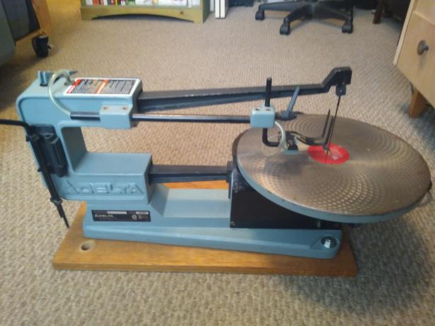 "Delta 16"" single speed scroll saw"