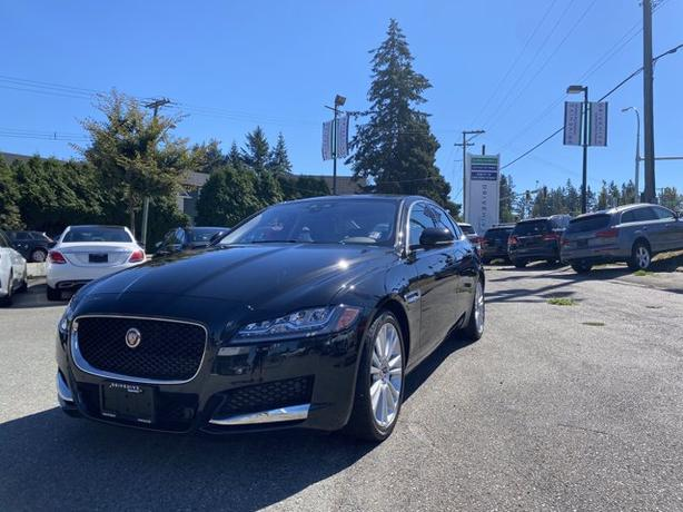 Pre-Owned 2018 Jaguar XF 20d AWD 4D Sedan