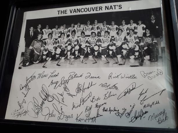 Vancouver Nats 'Team Autographed Picture