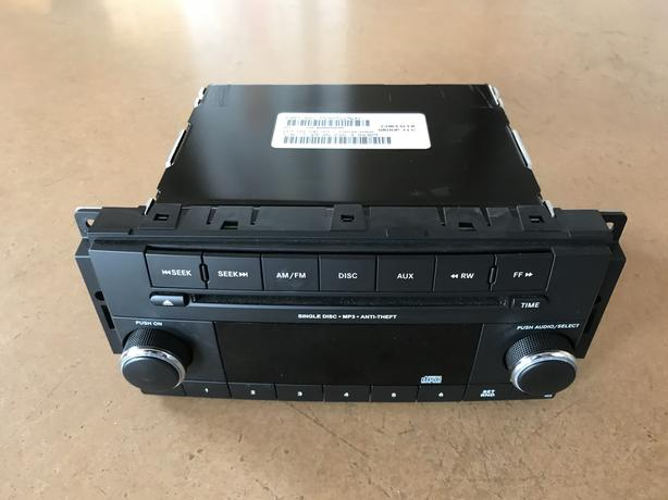 Car radio / CD player Jeep Wrangler factory model