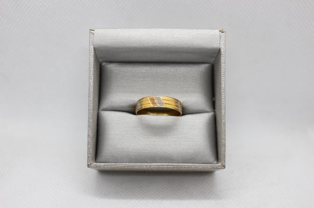 #174623-2 Solid 22K gold band with white and rose gold accents