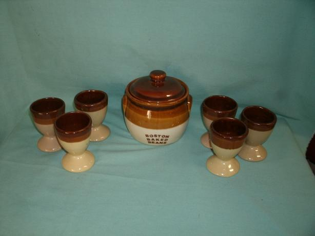 Baked Bean Pot with Lid & 6 Eggcups