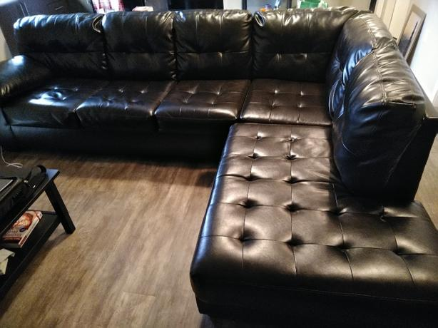 2 Piece Sectional Durablend Couch