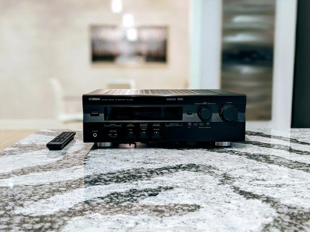 Yamaha RX-V396 DD/DTS 5.1 Receiver   24bit-192kHz DAC   Mint Condition