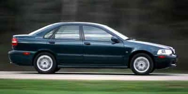 Pre-Owned 2001 Volvo S40 A FWD 4D Sedan