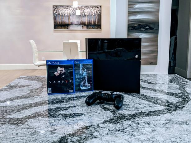 Playstation 4 1TB Slim | 1 Controller / 2 Games | Excellent Condition