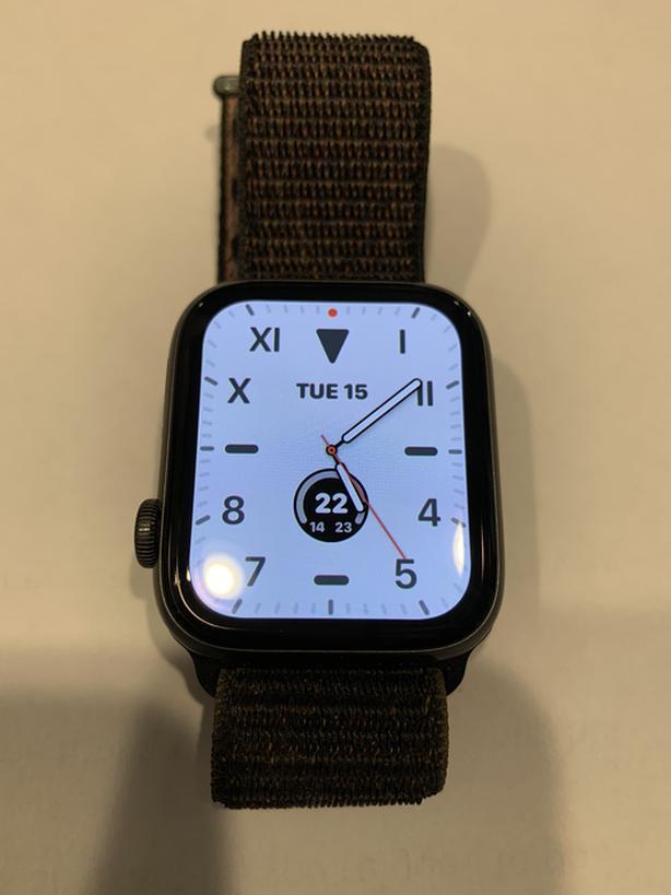 Apple Watch 5 Wi-Fi model. 44mm Space Gray.  Like New