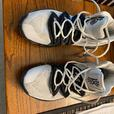 mens 8.5 Kyrie 5 basketball shoes