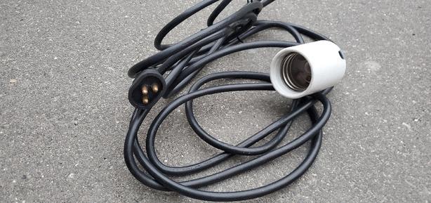 Hydroponics light cable