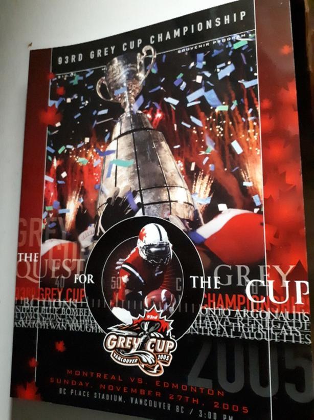 2005 Grey Cup Program Montreal vs Edmonton