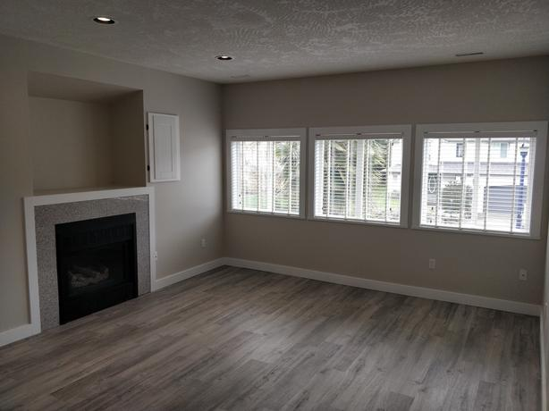 Newly Renovated 1 Bedroom Suite Available October 1st!