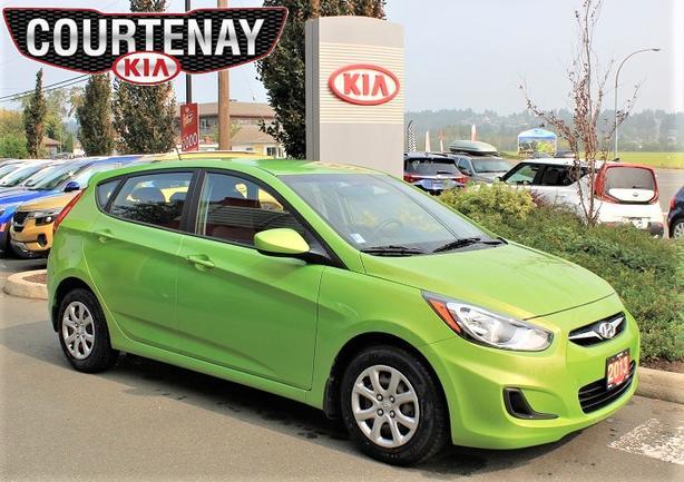 2013 Hyundai Accent GLS w/Heated Seats - Green -