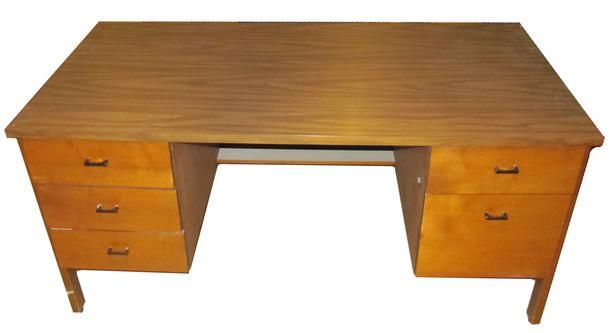 Medium Office Desk - 5 drawers