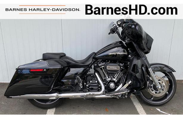 2017 Harley-Davidson FLHXSE - CVO Street Glide