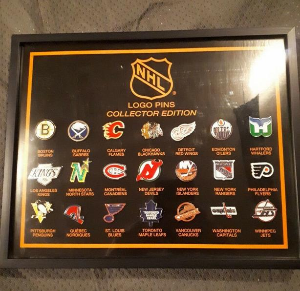 NHL Hockey Collector Edition 21 Team Logo Pin Set Mint Framed EXTREMELY RARE
