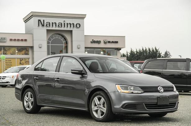Used 2014 Volkswagen Jetta Comfortline No Accidents Power Sunroof Sedan