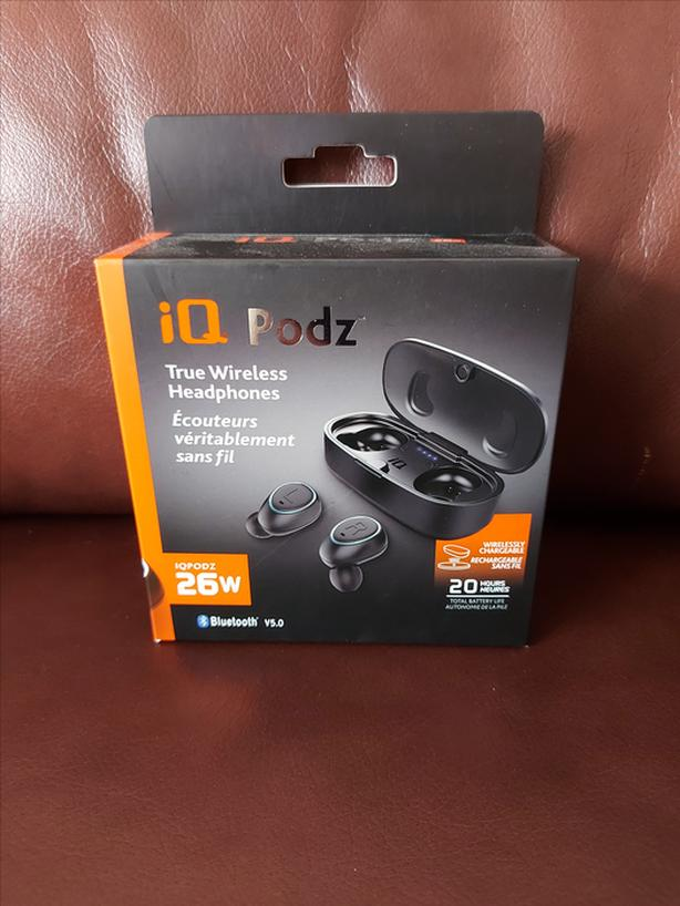 REDUCED iQ Podz True Wireless Headphones - NEW IN BOX