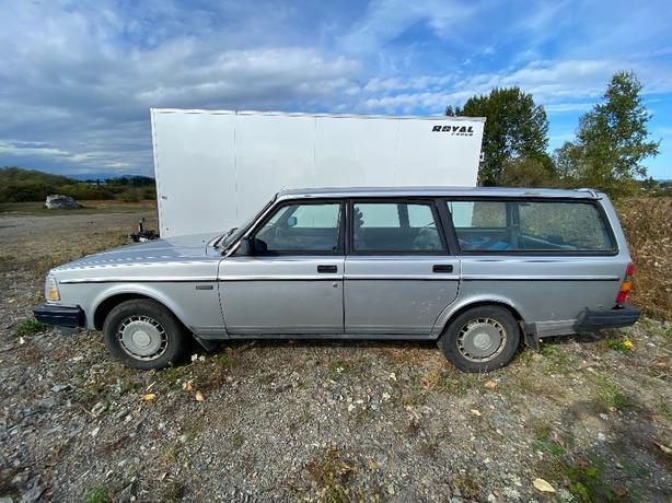 1985 Volvo 240 DL GOAT