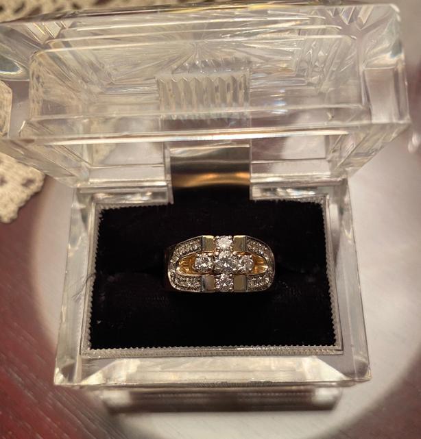 14K Diamod Cross Ring