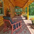 Modern Log House / One Pretty  Acre / In-law Suite (Ladysmith)
