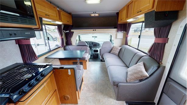 2008 Thor Majestic 28A  Complete with Virtual Tour!