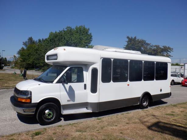 2012 Chevrolet Express G4500 18 Passenger Bus Duramax Diesel with Wheelchair Acc