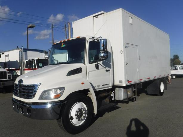 2010 Hino 358 20 Foot Diesel Mobile Paper Shredder with Air Brakes