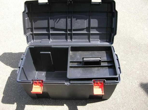 Tool Storage Box with Tray.  (095 2719)