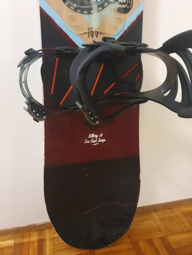 Salomon Assassin Snowboard  152.5cm