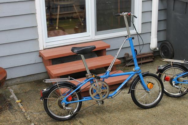2 Dahon Stow Away 5 speed bikes