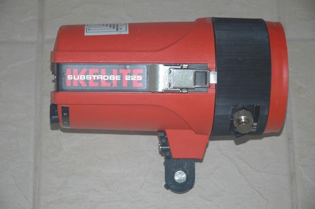 Ikelite Substrobe for Underwater Camera