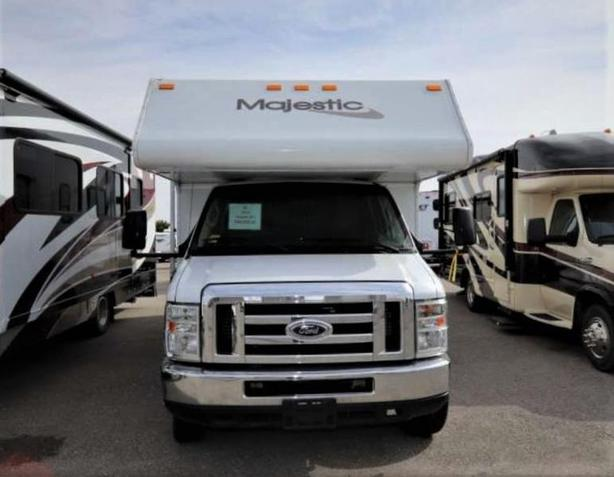 2013 Thor Motor Coach MAJESTIC 23A