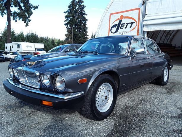 """1988 JAGUAR VANDEN PLAS v12  """"""""Classic Car Auction"""""""""""