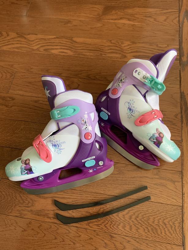 Disney Frozen adjustable skate shoes