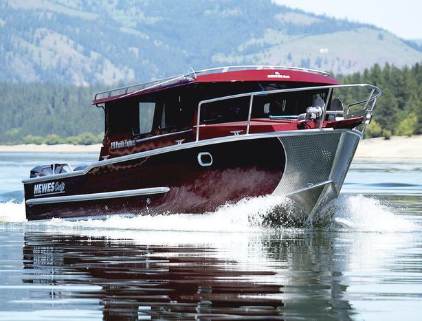 2021 Hewescraft 270 Pacific Explorer