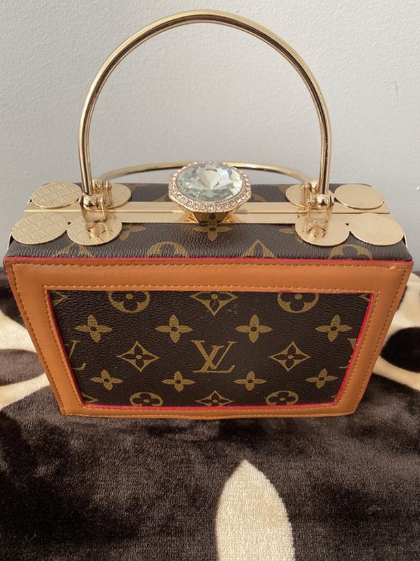 Baguette purse