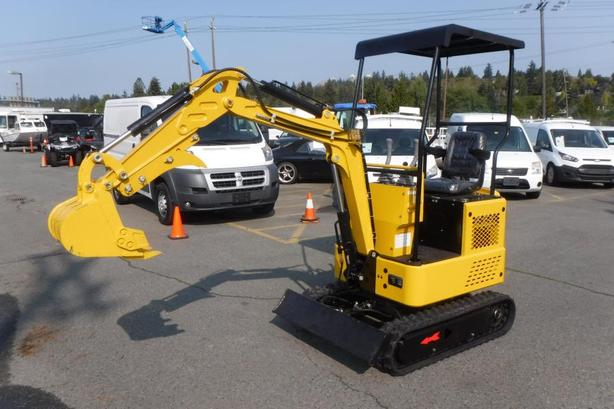 2020 Cael Mini Excavator PC1520