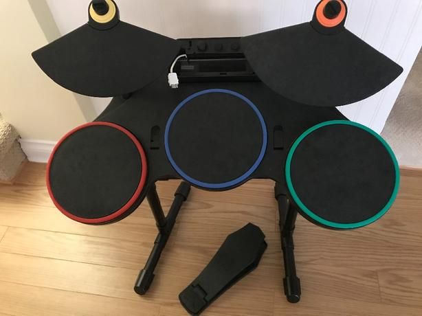 FREE - for parts: Guitar Hero Wii drum kit