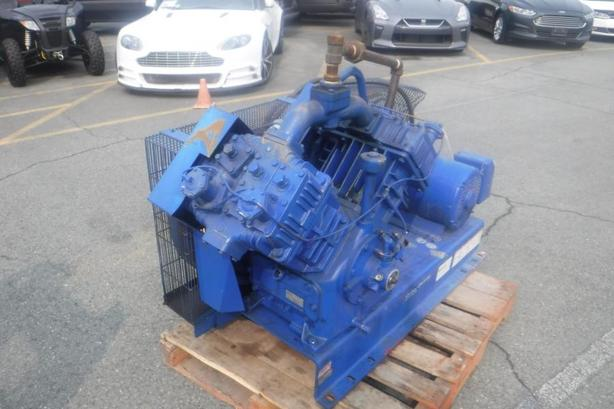 2000 Quincy 2 Stage Air Compressor Model D5120