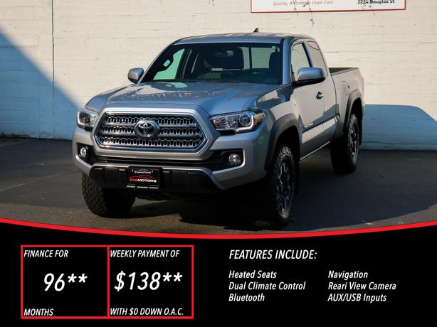2017 Toyota Tacoma SR5 4X4 Access Cab - LOCAL BC TRUCK - NO ACCIDENTS!