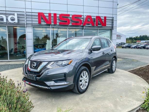 2017 Nissan Rogue S *Heated Seats