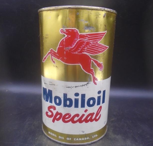RARE 1950s VINTAGE MOBILOIL SPECIAL MOTOR OIL IMPERIAL QUART CAN