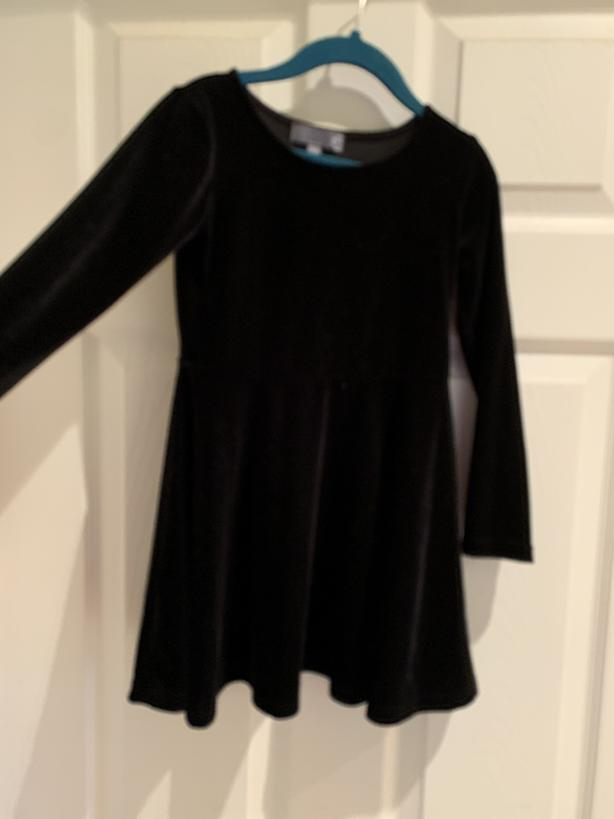 Size 4T black velvet dress