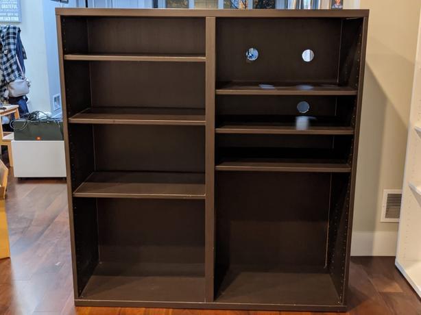 Audio/visual Besta shelf
