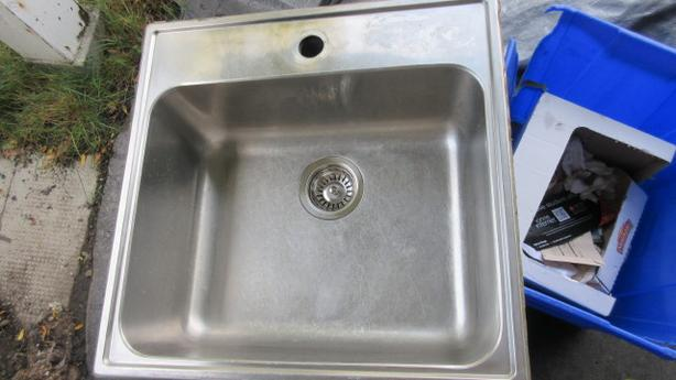 Large stainless steel single sink