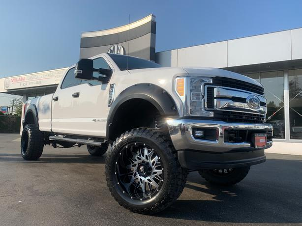 """Used 2017 Ford F-350 FX4 4WD LB DIESEL LEATHER LIFTED 22"""" ALLOY 37"""" M/T Truck Cr"""