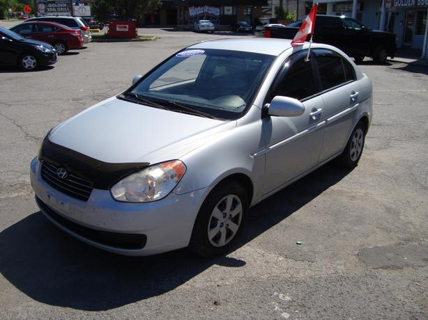 2009 Hyundai Accent Gas Saver !