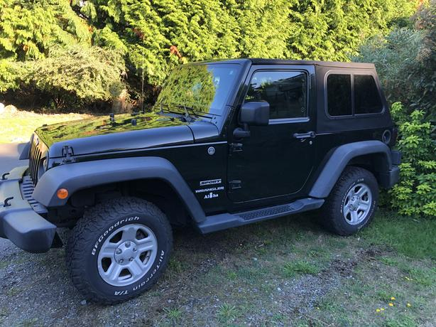 Spotless Jeep Wrangler Lady Driven Low KMS