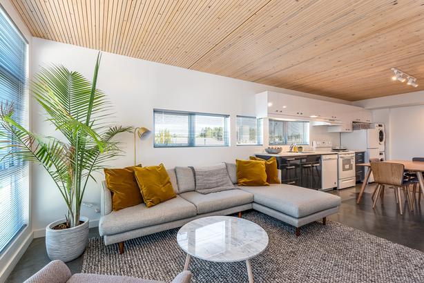 Cubes - Brand New 1 Bedroom + Den  Apartment