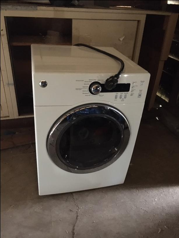 GE front loading washer, new condition